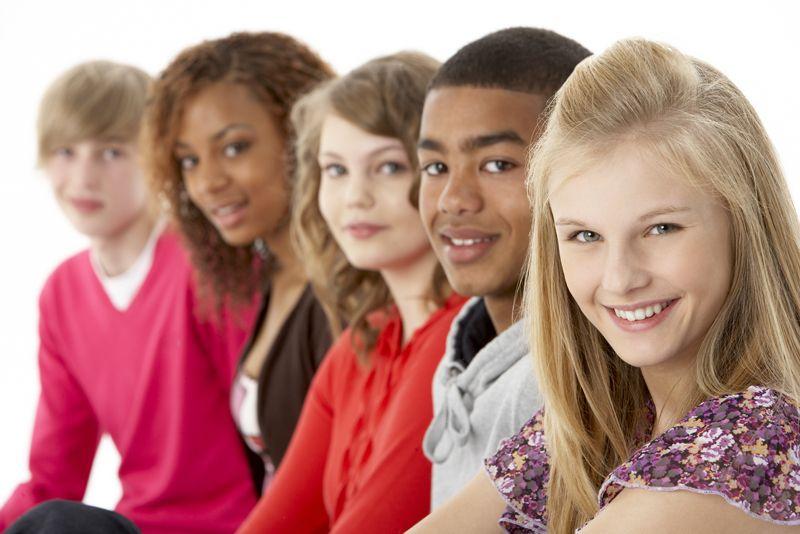 چه موقع باید در مورد رفتار نوجوان خود نگران بود؟