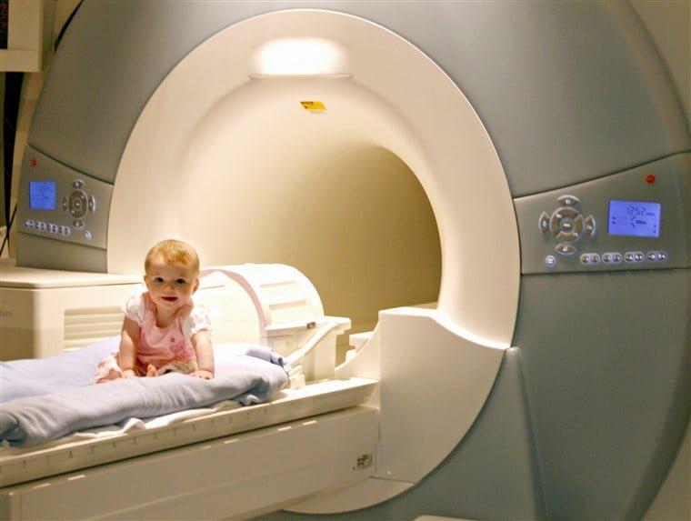 آیا تصاویر MRI میتوانند گزینه مناسبی برای پیش بینی اختلال طیف اوتیسم در نوزادان باشند؟