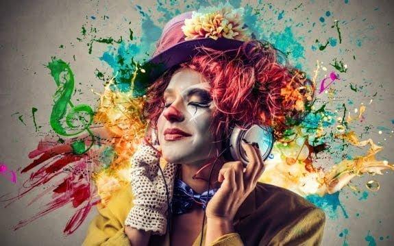 خلاقان متفکرانی هستند که تنها از نیمکره راست مغز استفاده می کنند؟