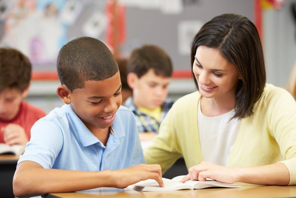 تغییرات در زبان مادری، افراد مبتلا به دیلکسیا را در یادگیری زبان دچار چالش می کند