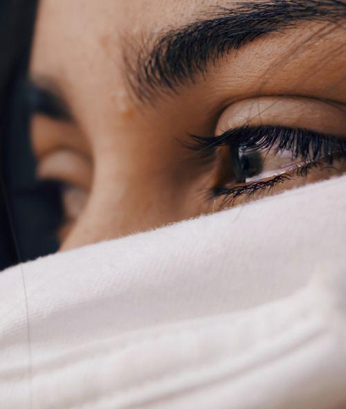 اهمیت گریه کردن در کاهش استرس و درمان